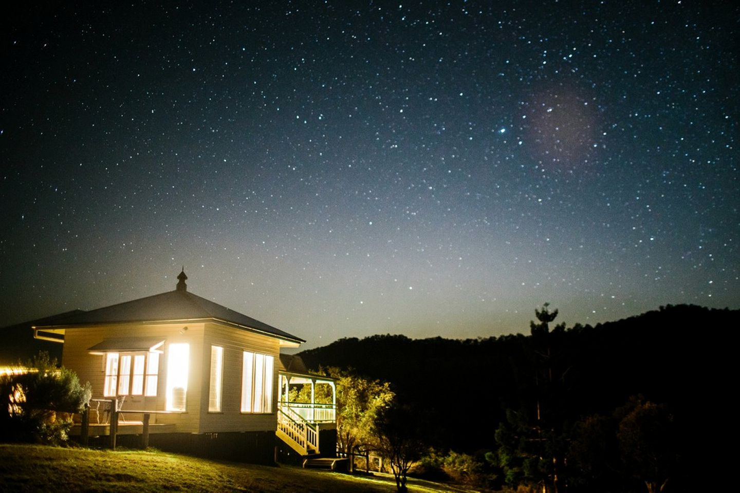 Starry sky above Lost World Valley accommodation