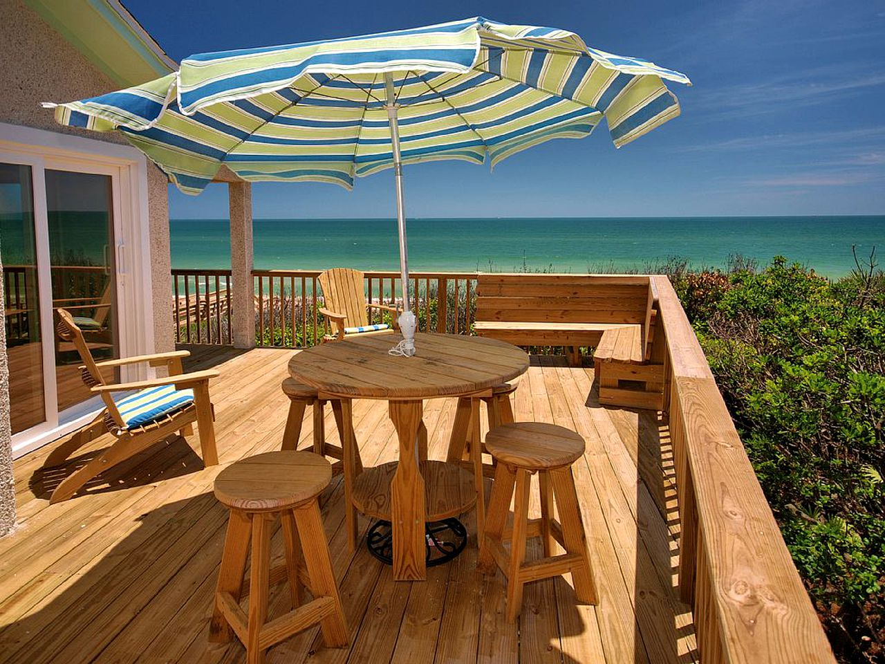 Decking of one of the top St. Augustine beach rentals