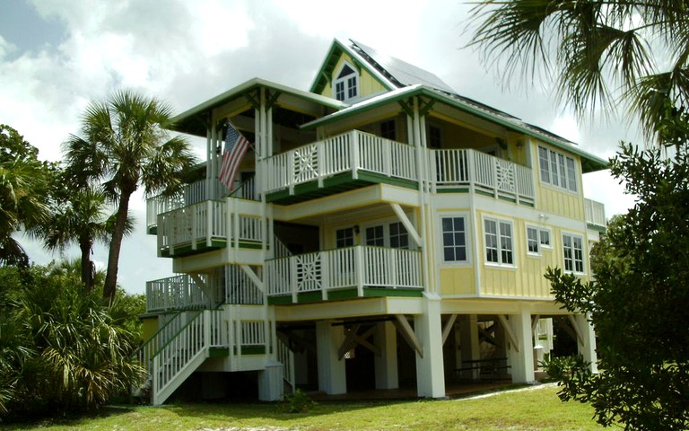 Cool Spectacular Beach Cottage Rental On Keewaydin Island Florida Download Free Architecture Designs Sospemadebymaigaardcom