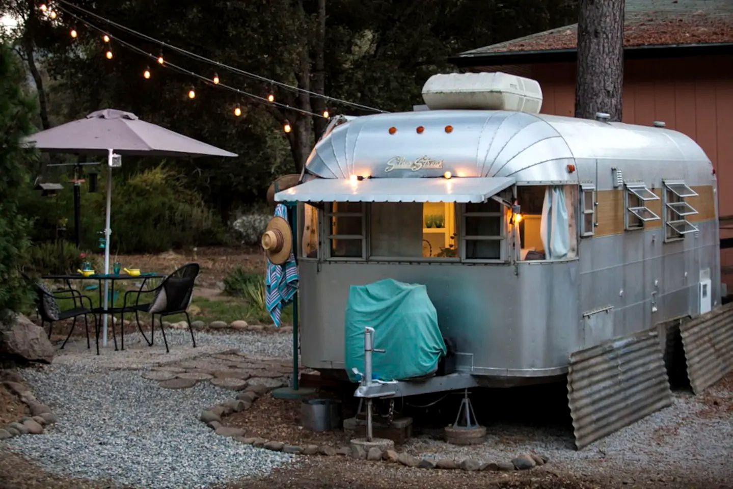 Airstreams (Oakhurst, California, United States)
