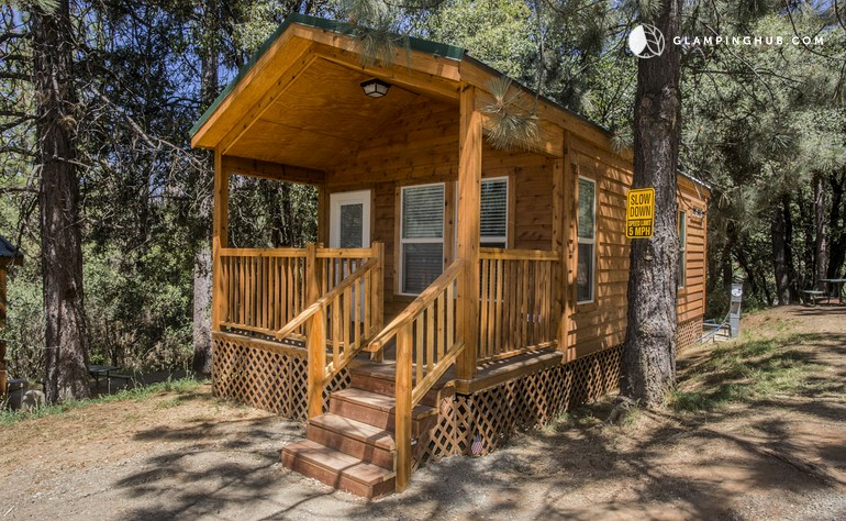 Cabin rentals near yosemite national park for Groveland ca cabin rentals