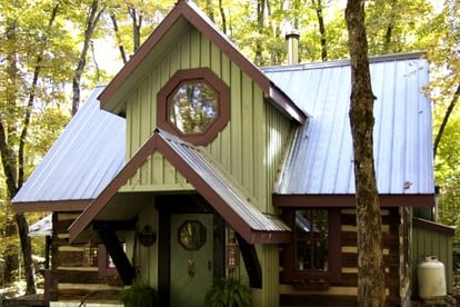 Pet Friendly Getaway in Algonquin Provincial Park