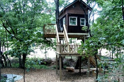 Family-Friendly Tree Houses in the Midwest