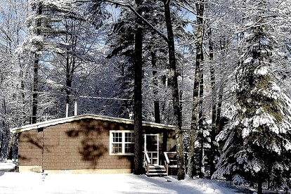Honeymoon Cabins with Hot Tubs in Wisconsin