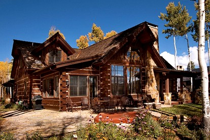 Luxury Cabin Rentals with Hot Tubs near Aspen