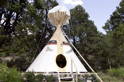 Luxury Tent and Tipi Camping near Moab