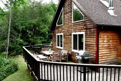 Pet-Friendly Cabins near NYC