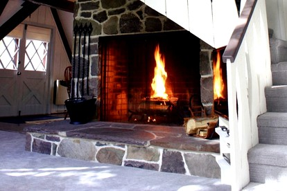Romantic Cabins with Fireplaces in Pennsylvania