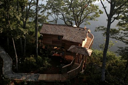 Tree House Hotels on the West Coast
