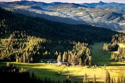 Vacation Rentals near Siskiyou Mountains