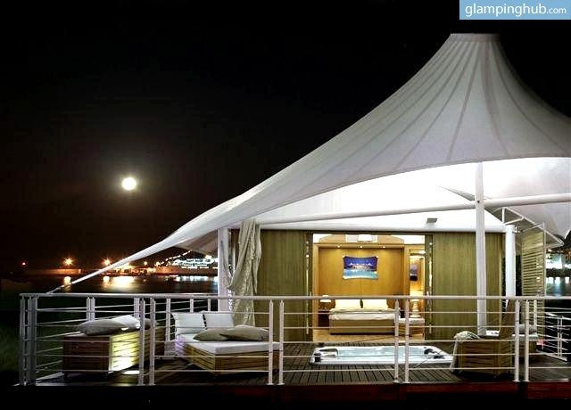 & Luxury Tent Manufacturers in Italy | Tent Makers in Italy