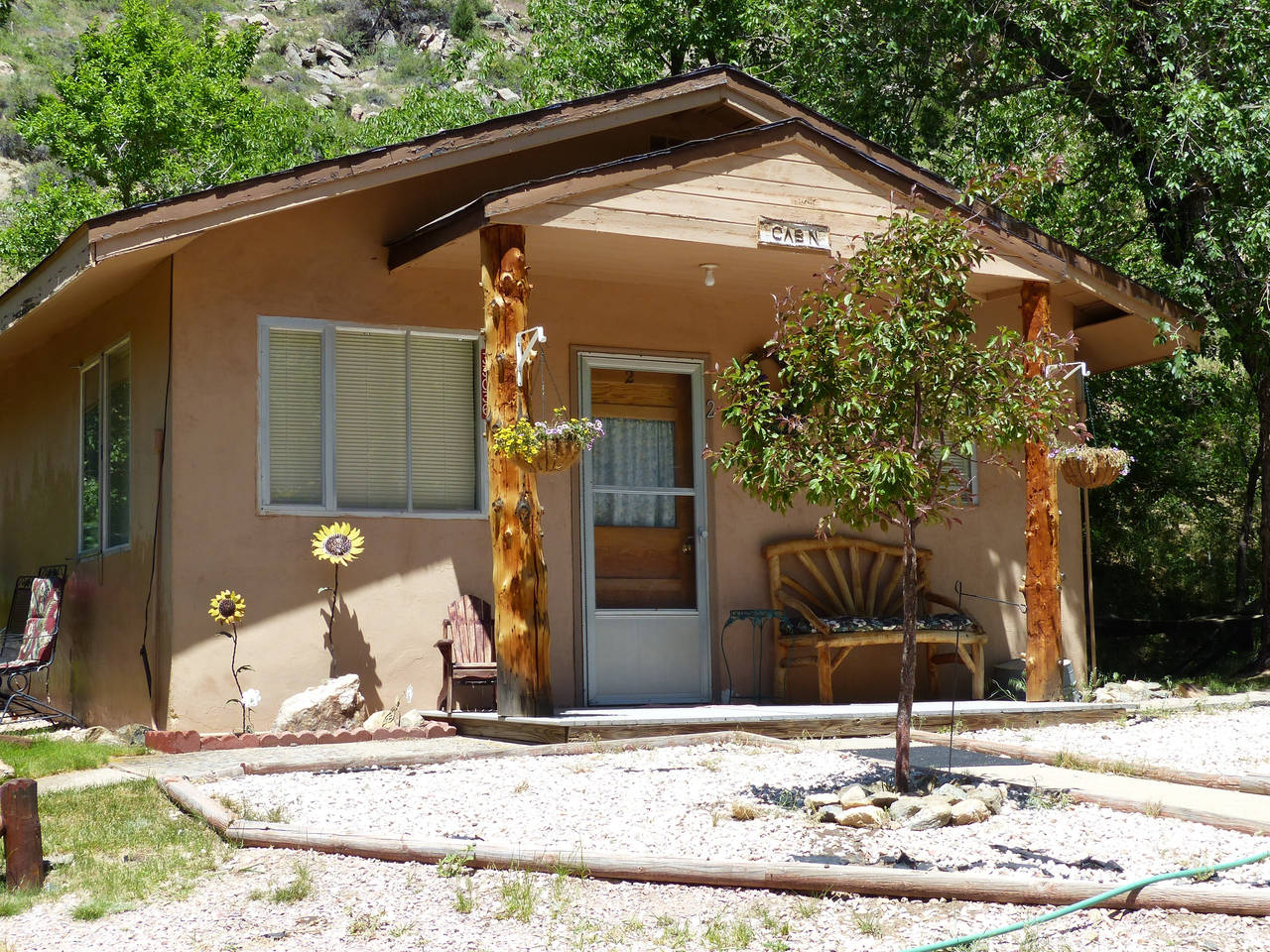 Cabin rental in poudre canyon near fort collins colorado for Cabin rentals near fort collins colorado