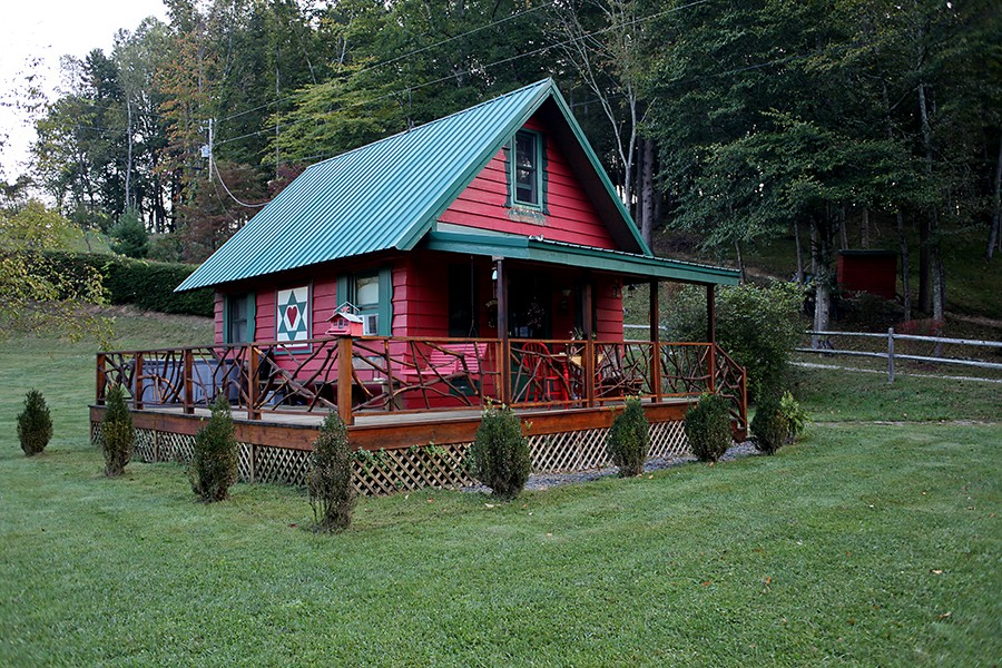 Tiny house rental near boone north carolina for South carolina honeymoon cabins