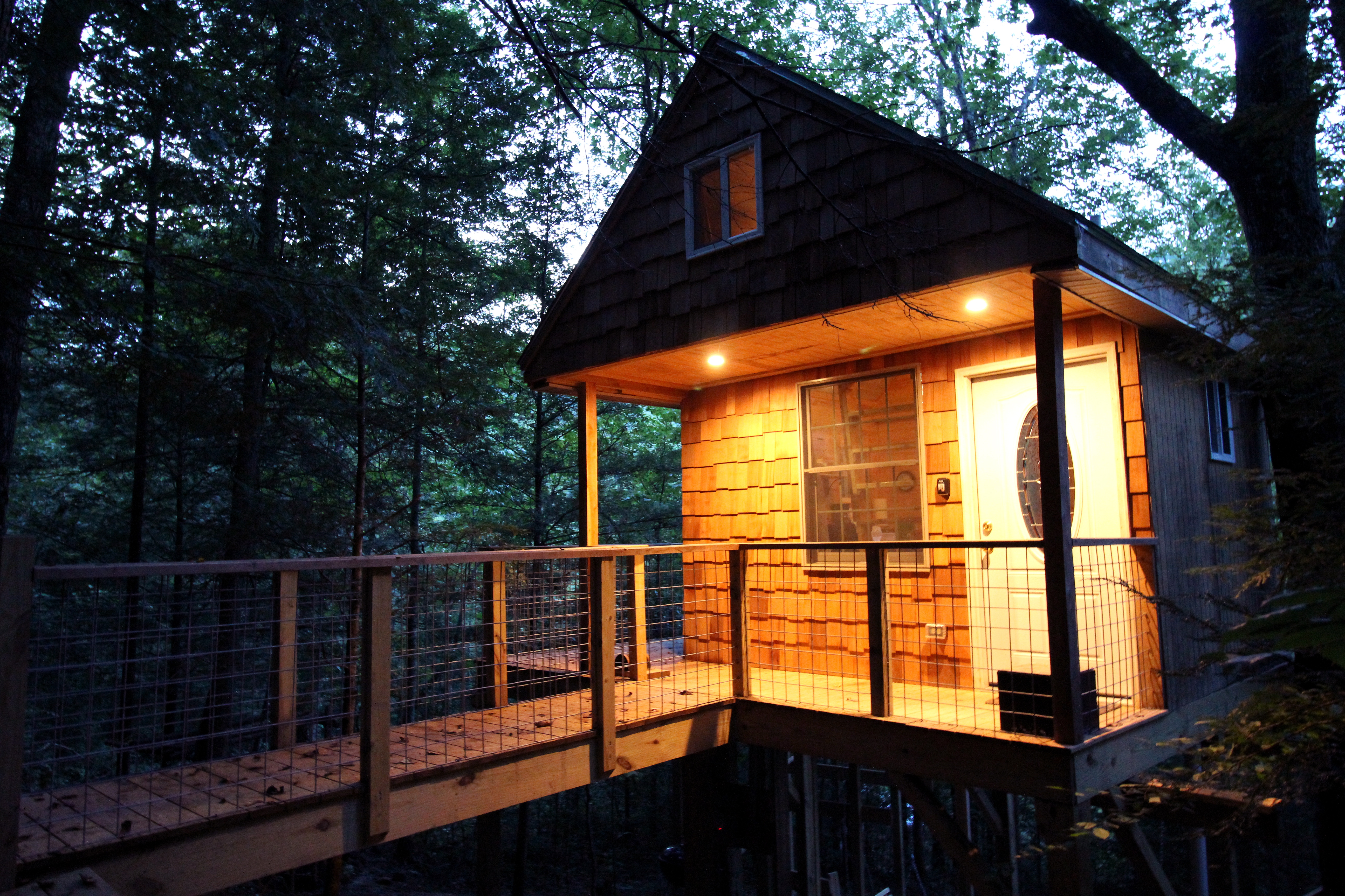 Tree House in Red River Gorge, Kentucky