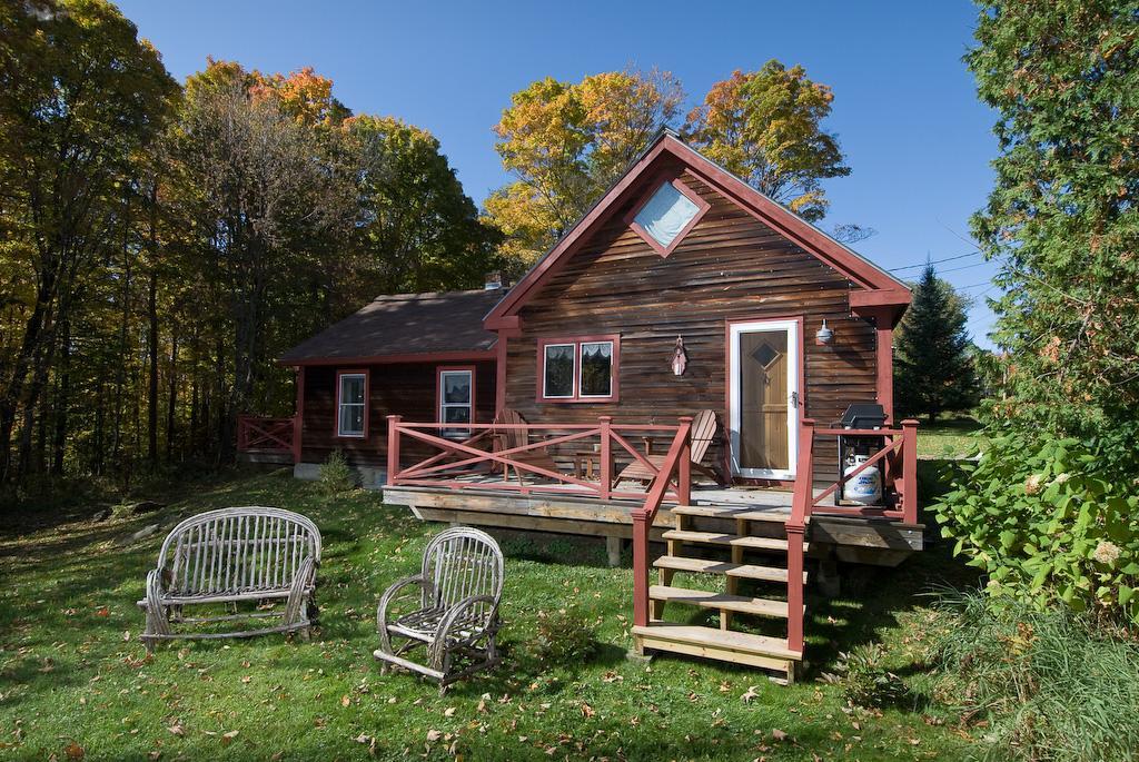 Cabin rental near burlington vermont for Cabins burlington vt