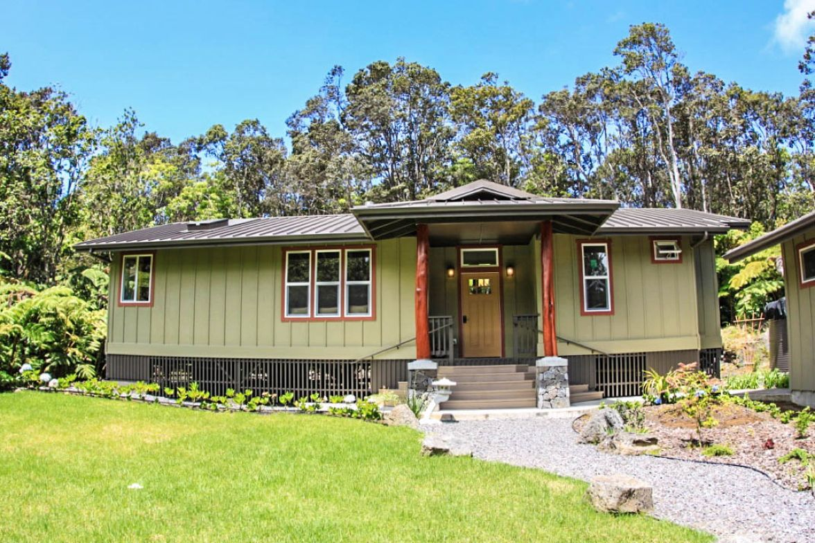 Cottage Rental With Jacuzzi Near Volcanoes National Park