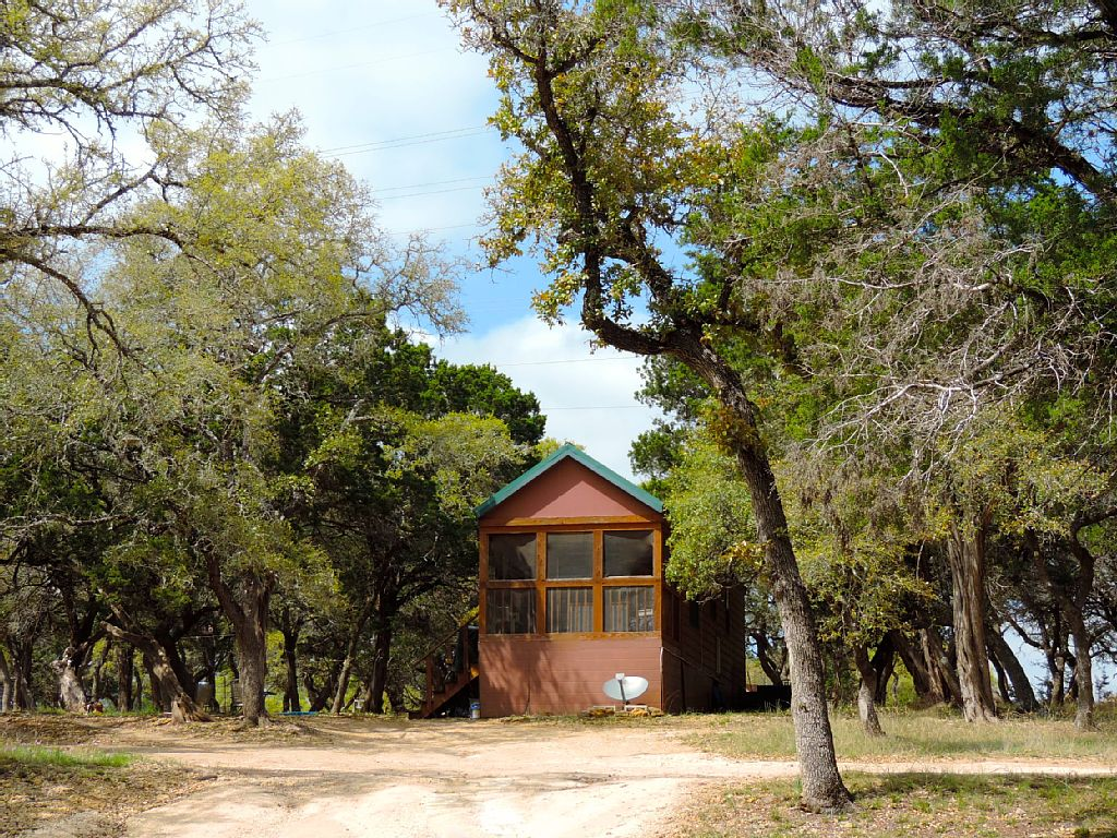 Pet friendly cabin rental in san antonio countryside texas for Home away from home cabins