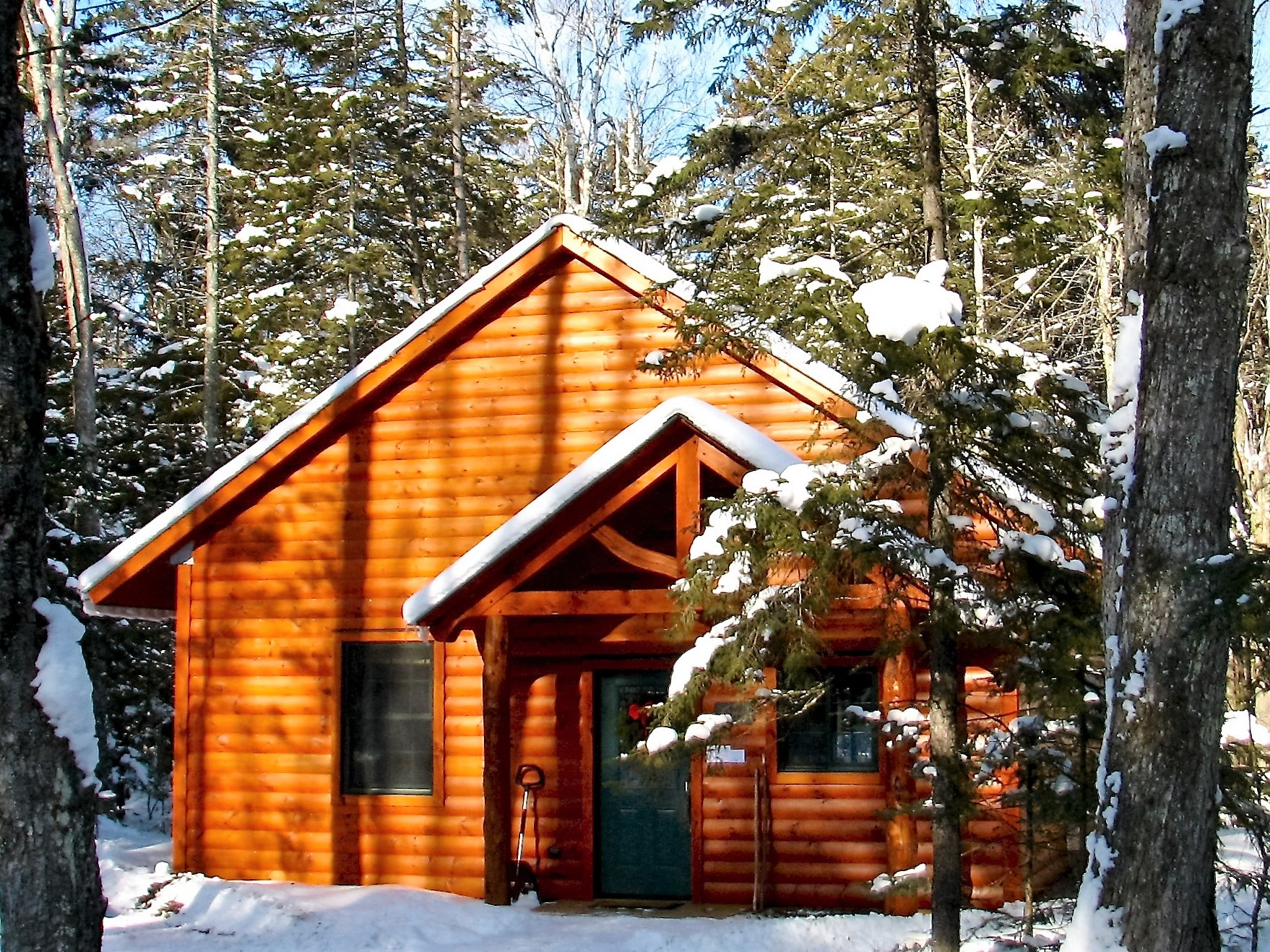 maple rentals welcome lodge vermont hampshire cabin white in of mountains the winter cabins new