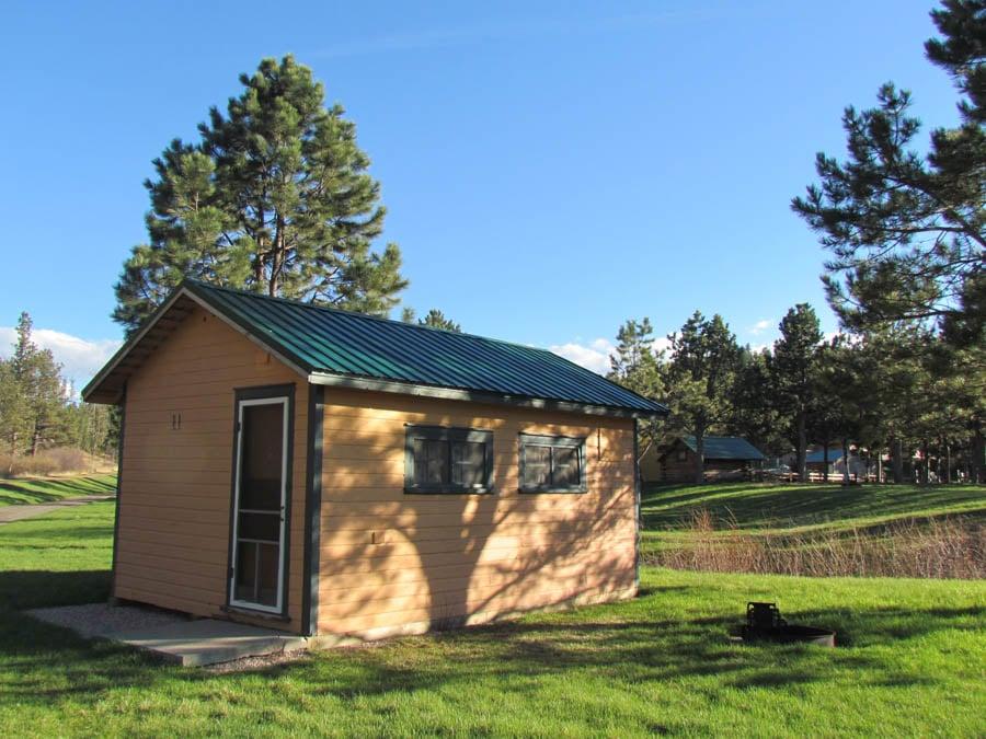 Luxury camping cabin sd luxury cabins south dakota for Cabine black hills south dakota