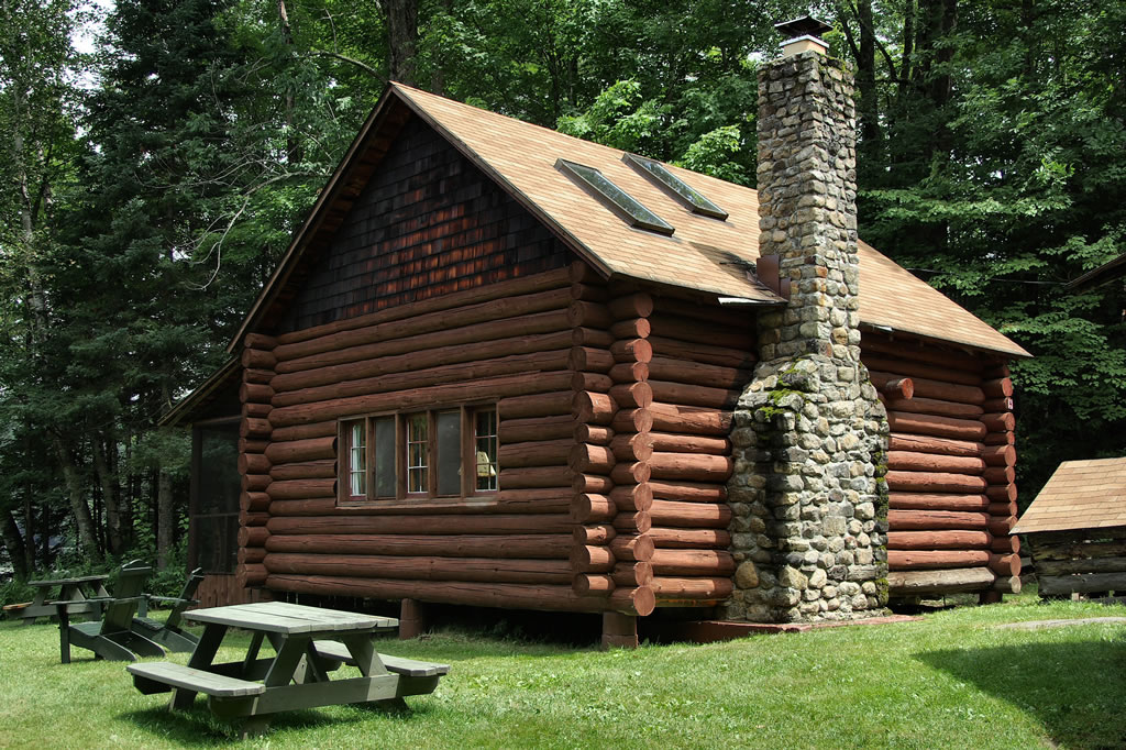 Log cabin rental in adirondack mountains new york for Camps and cottages