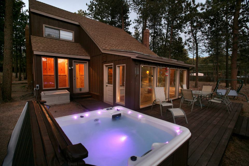 private colorado hot tub in tubs secluded rent cabins whispering springs with for