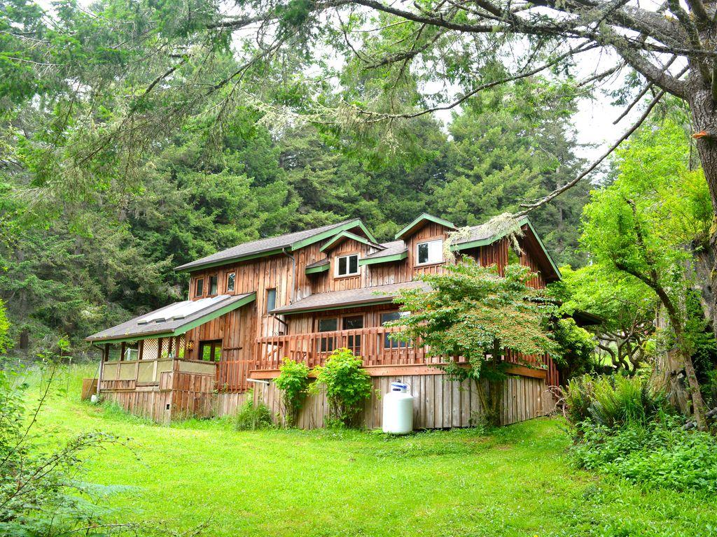 Cabin rental near eureka california for Eureka ca cabins