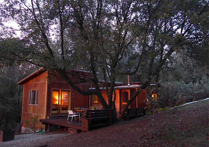 Rustic cabin old yosemite road glamping yosemite for Cabins in yosemite