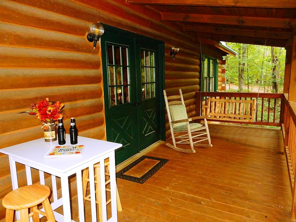 Cabin Rental Near Pine Mountain, Georgia