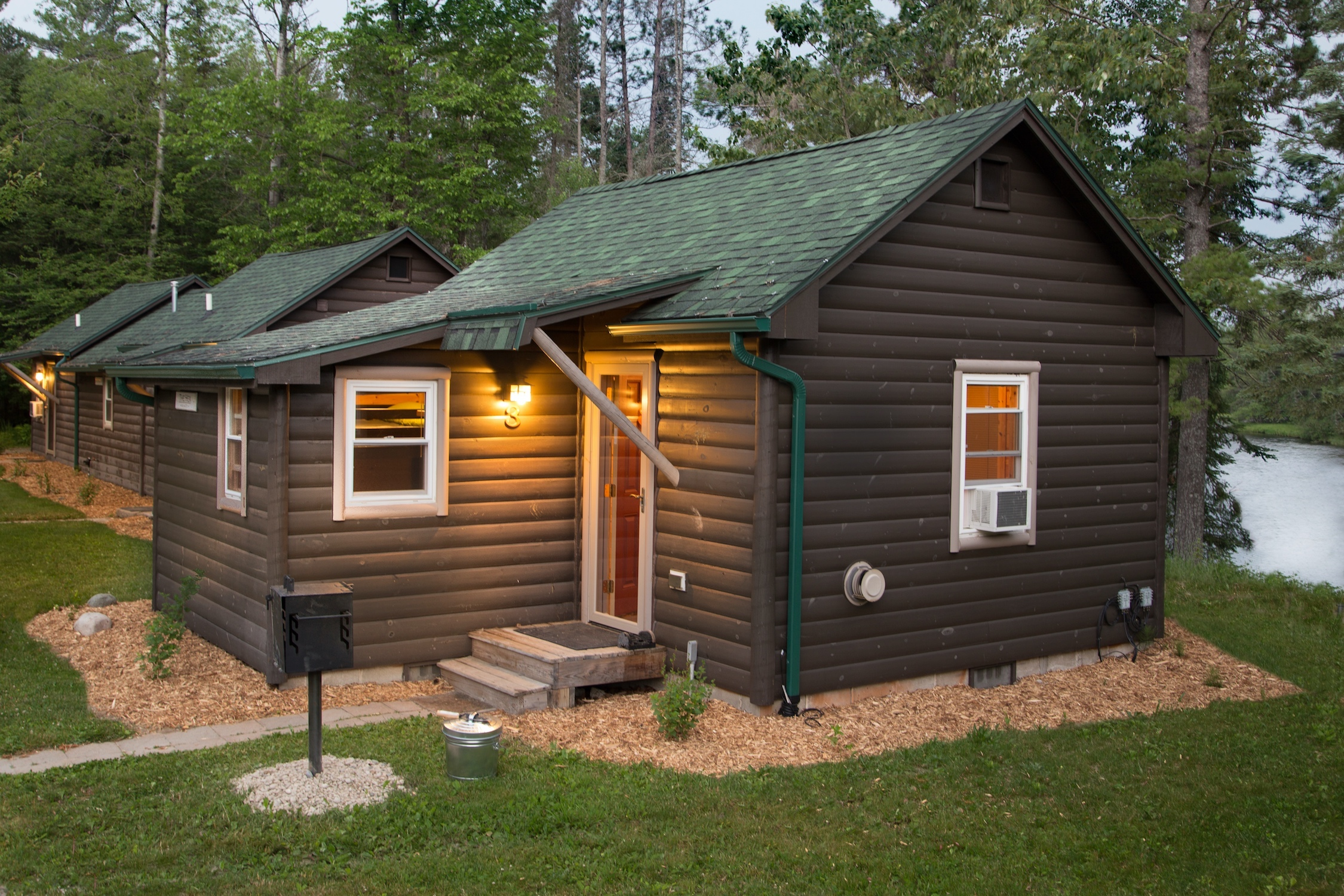 house and farmhouse cottage cabin friendly the lodgings cabins michigan accepting vacation farm pet in rentals
