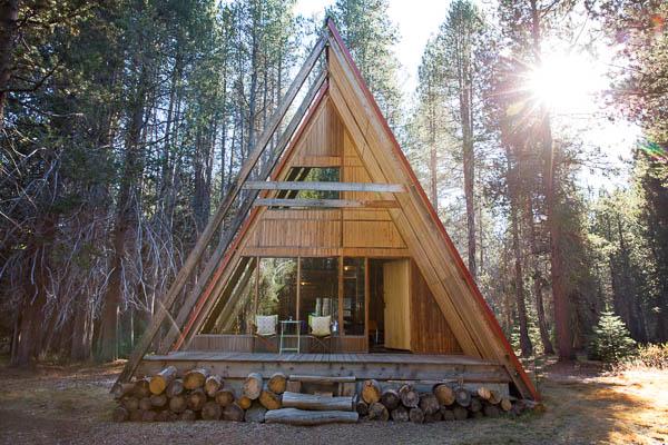 Spacious luxury cabin near yosemite national park california for Yosemite park cabins