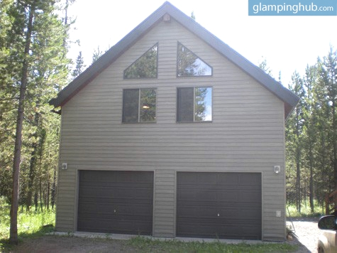 Camping cabin for families near yellowstone for Cabins in wyoming near yellowstone