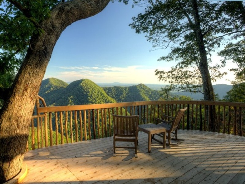 Relaxing Retreats near the Blue Ridge Mountains