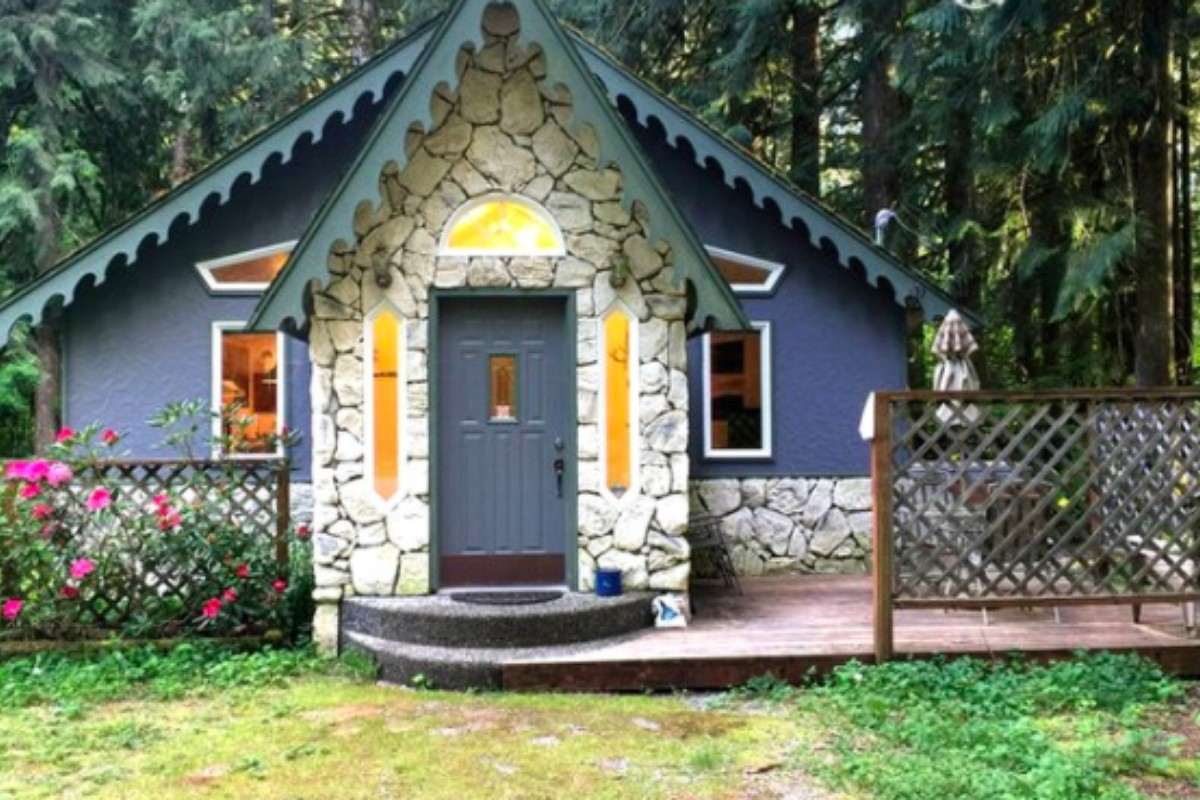 Cabin Accommodations Near Olympic National Park, Washington