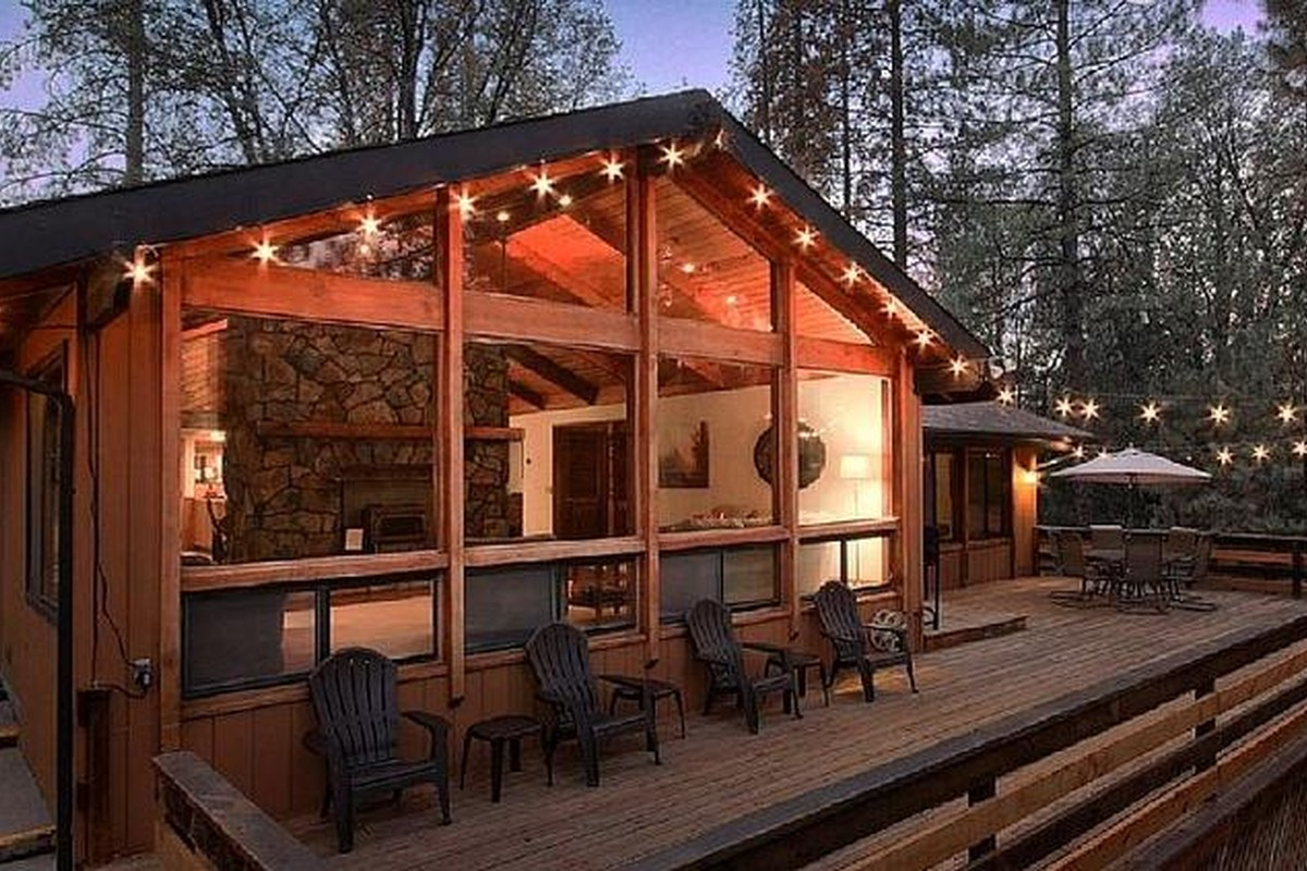 Cozy Cabin Getaways near Yosemite