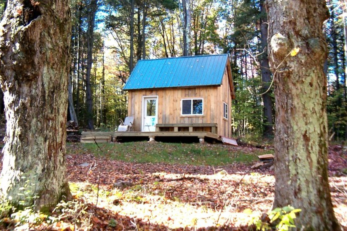 Dog-Friendly Cabins in Massachusetts