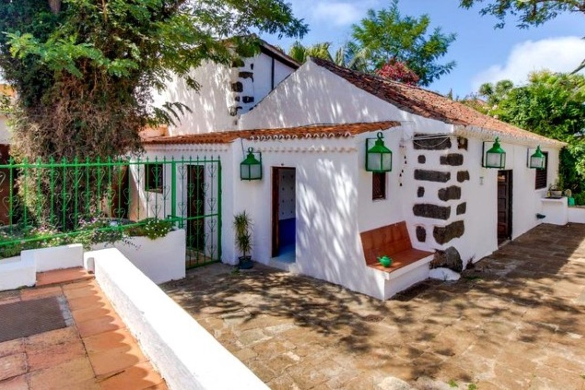Dog-Friendly Vacation Rentals in Spain
