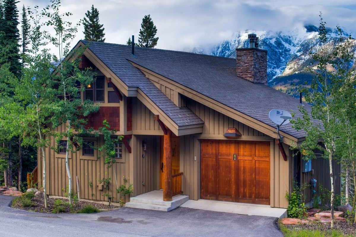 Family Cabins for Skiing in Montana