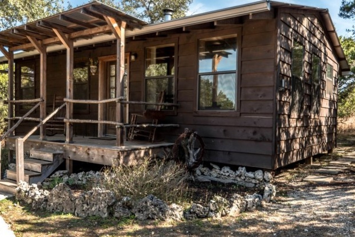 Hiking Cabins With Hot Tubs Near San Antonio
