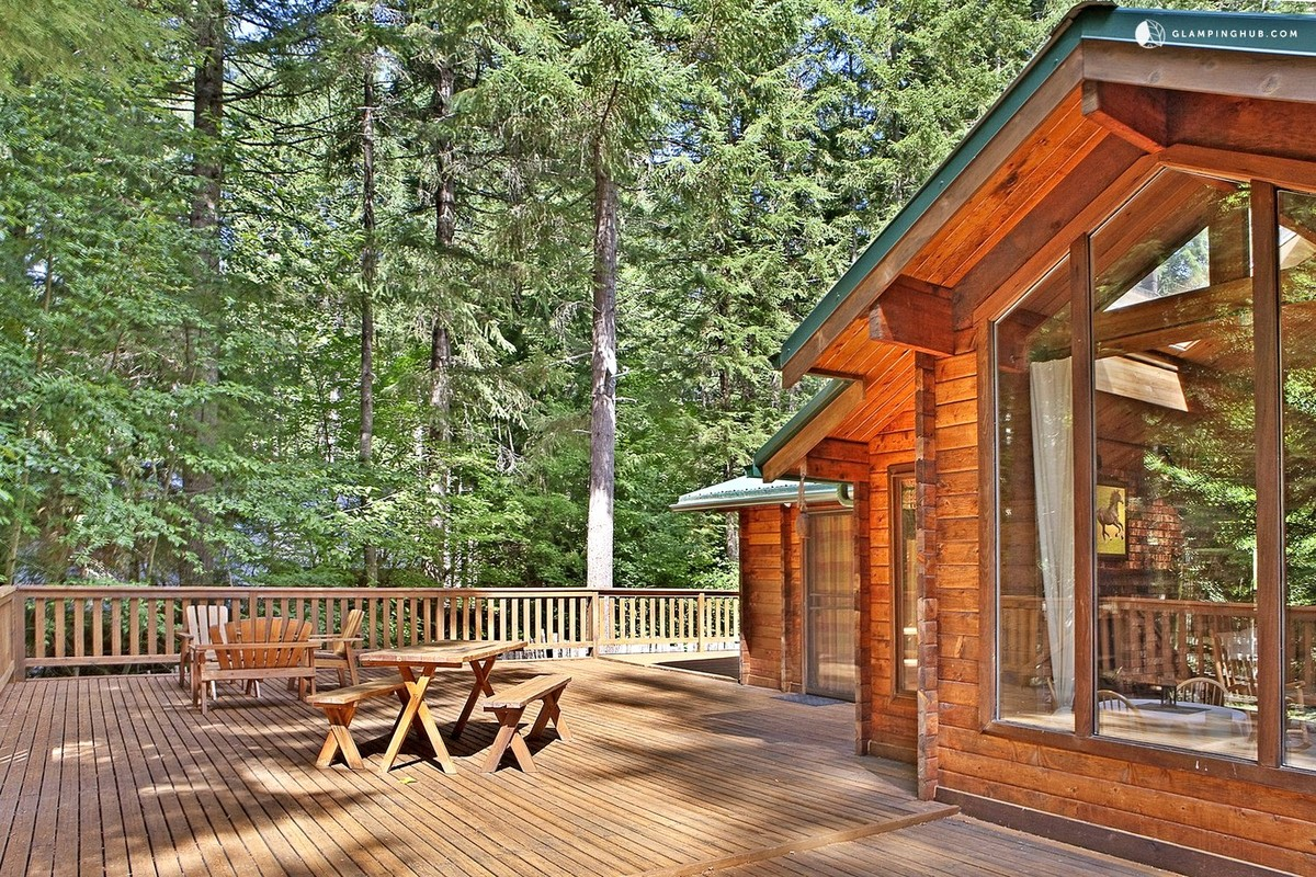 Winter Cabins with Fireplaces in Washington