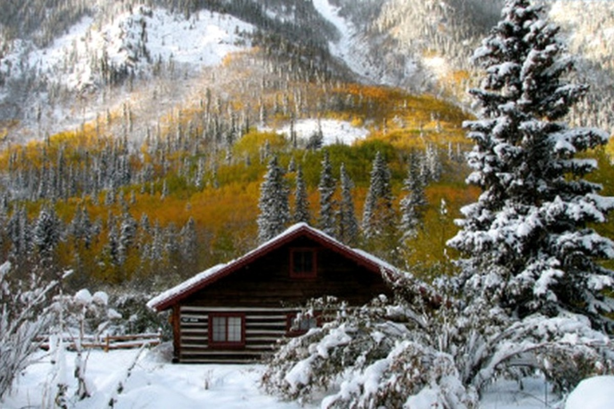 Luxury Cabin Rentals with Hot Tub near Snowmass