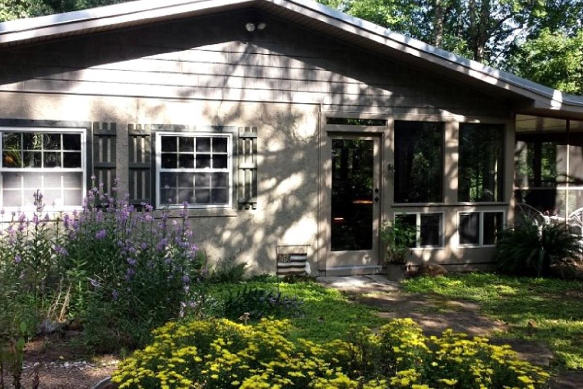 Georgia weekend getaways for Helen luxury cabin rentals