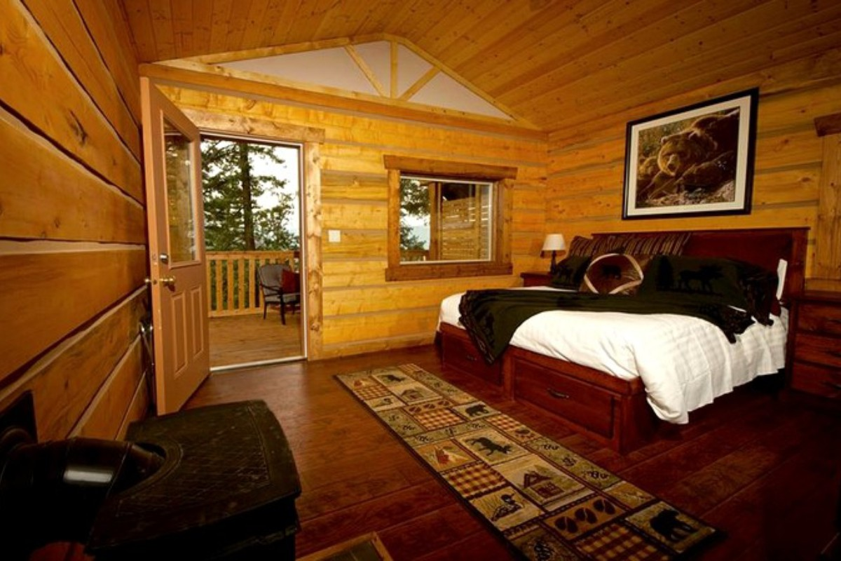 Lakefront Cabin Rentals Vancouver Island