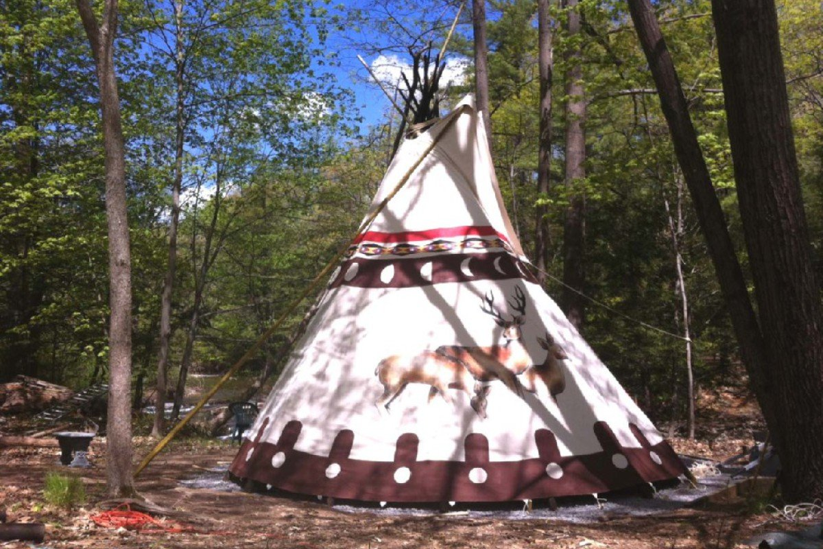 Luxury Camping Accommodations in the Adirondack Mountains