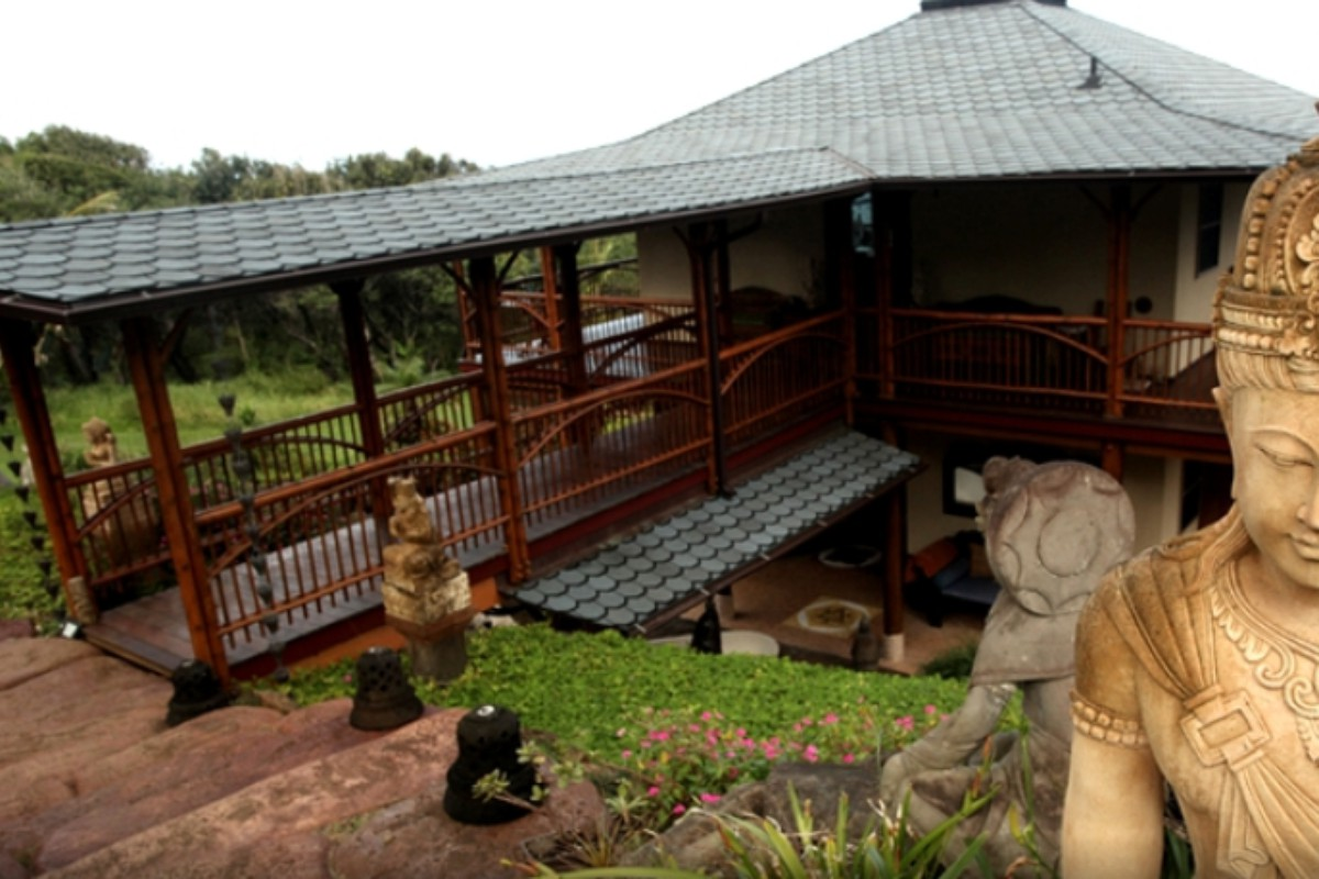 Luxury Camping Cabins near Kauai