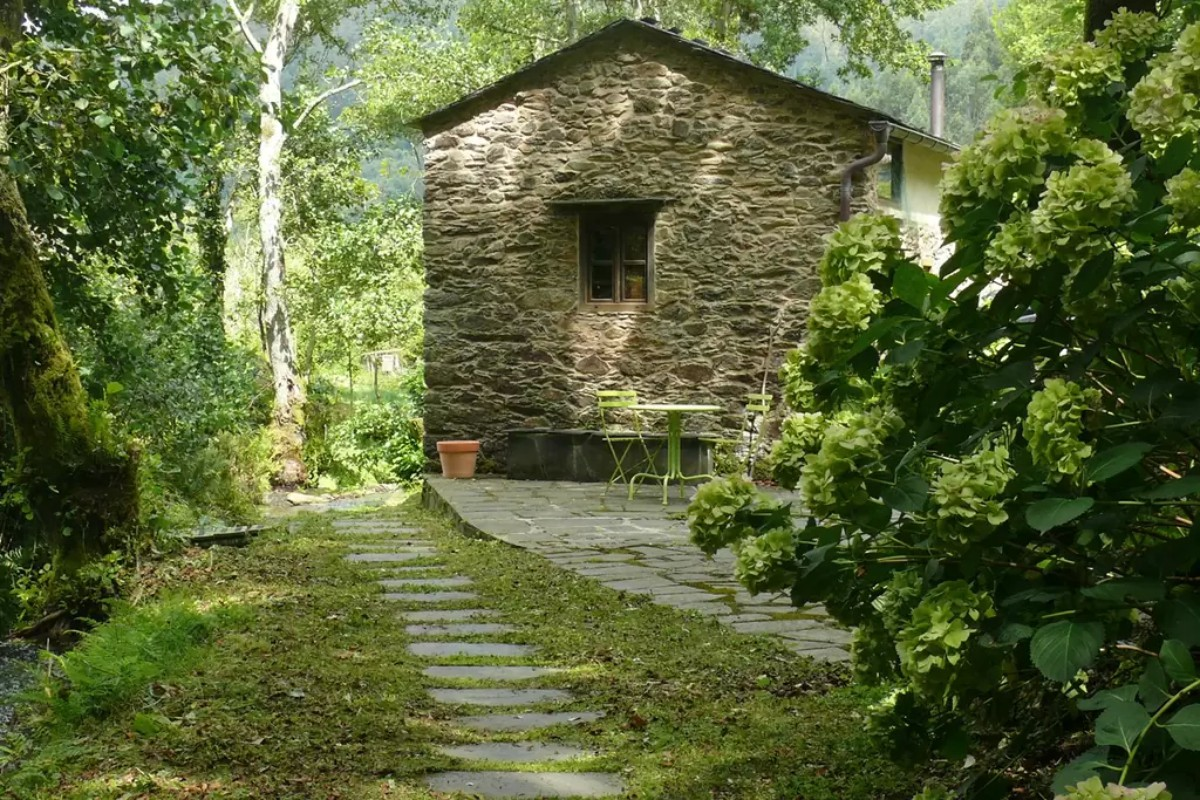 Luxury Cottage Rentals in Northern Spain