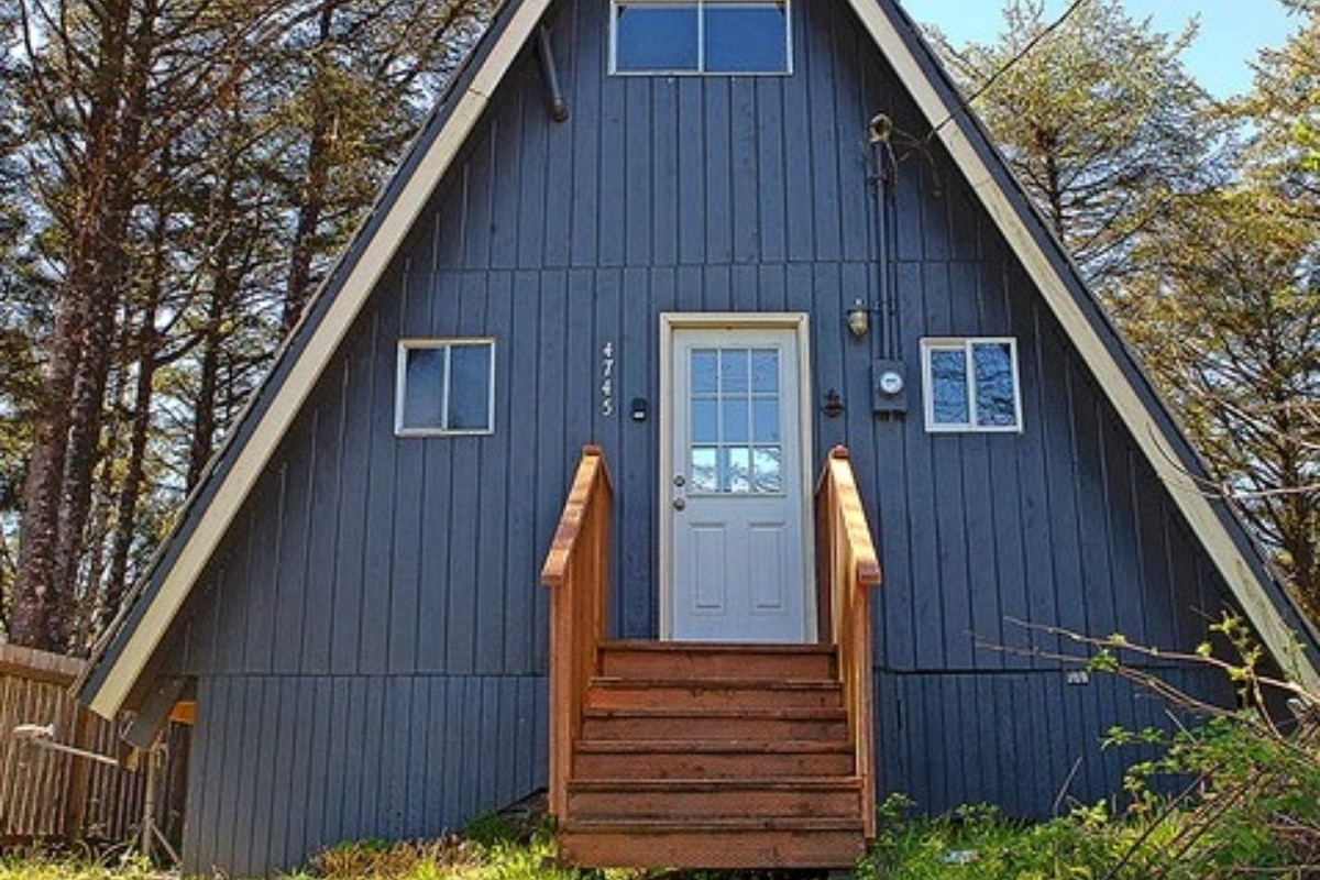 Perfect Luxury A Frame Cabins Near Olympic National Park