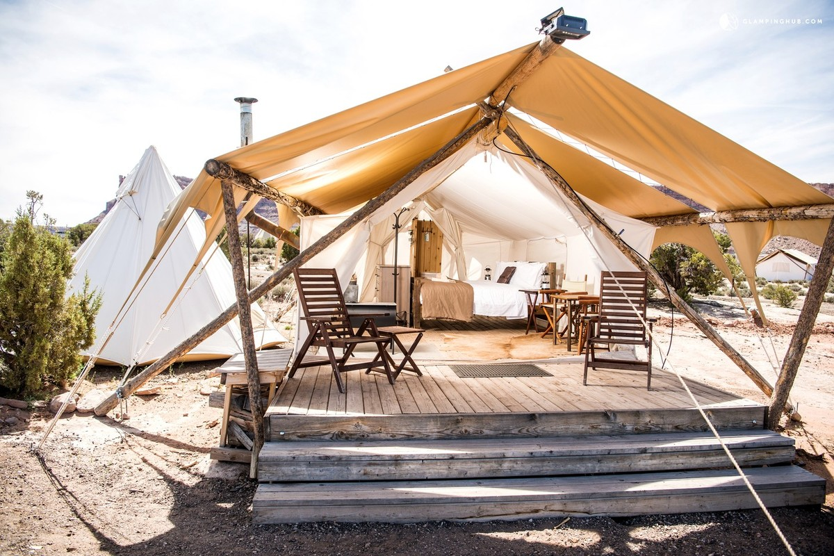 Luxury Glamping for Travel Squads