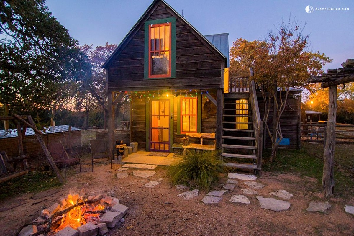 Texas weekend getaways for Getaway cottage