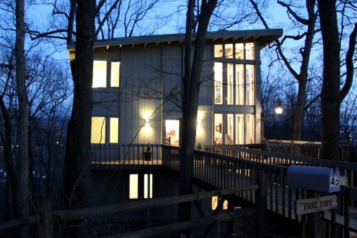 Luxury Tree Cabins near Asheville
