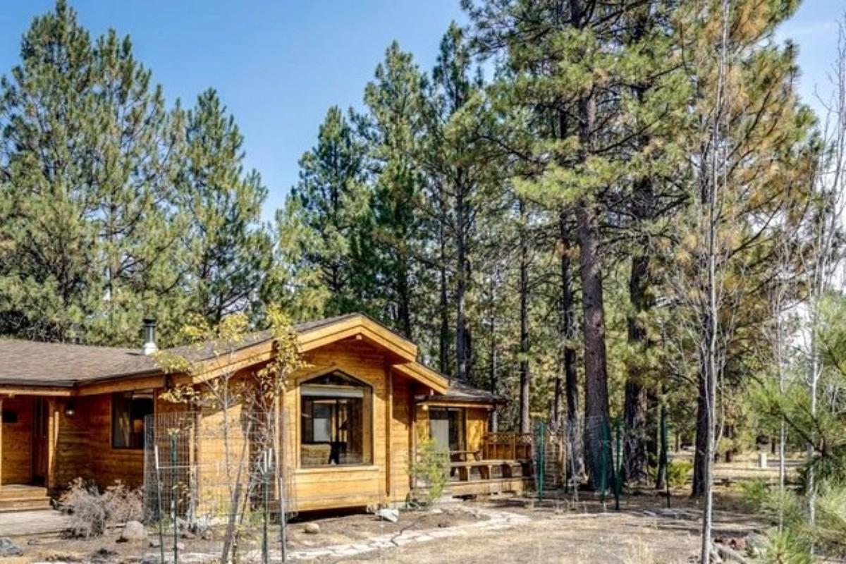 youtube nashville center tn mountain cabin log hill lake sale watch cabins near for
